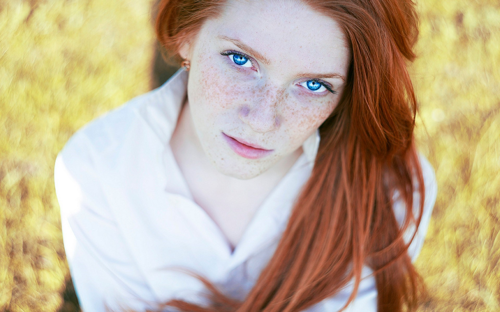 That redhead girl with red eyes that would