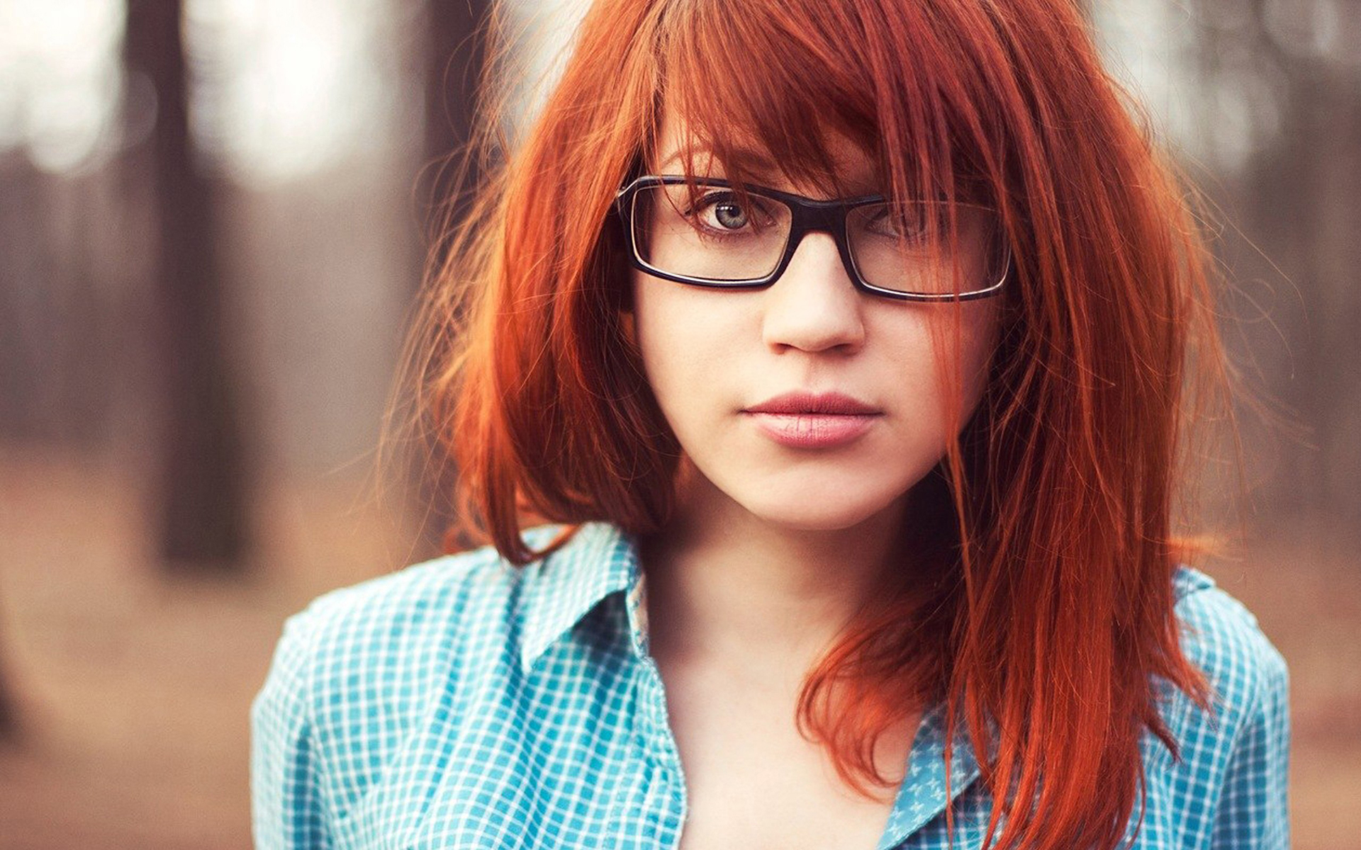 Redhead Glasses Look