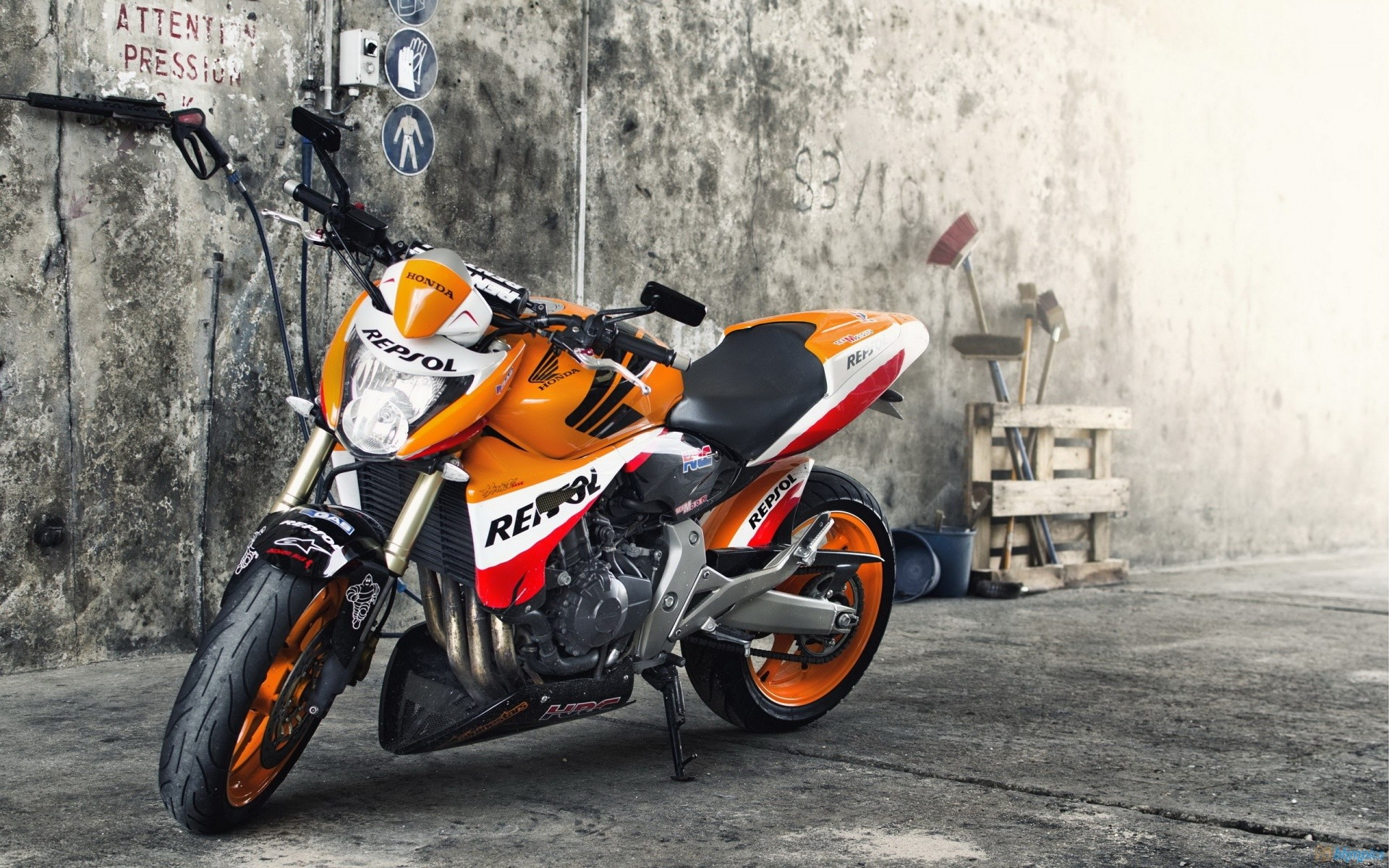 Honda Motorbikes Hd Wallpaper: Motorbikes Honda Repsol Fresh New Hd Wallpaper Xpx Motor 1920x1200px