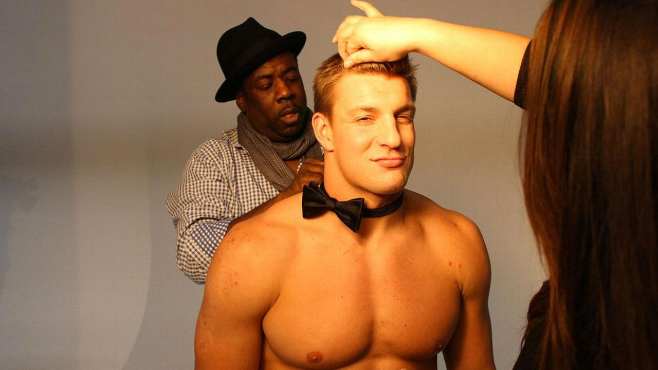PHOTOS: Patriots tight end Rob Gronkowski poses with adorable kittensMartin Schoeller for ESPN The Magazine