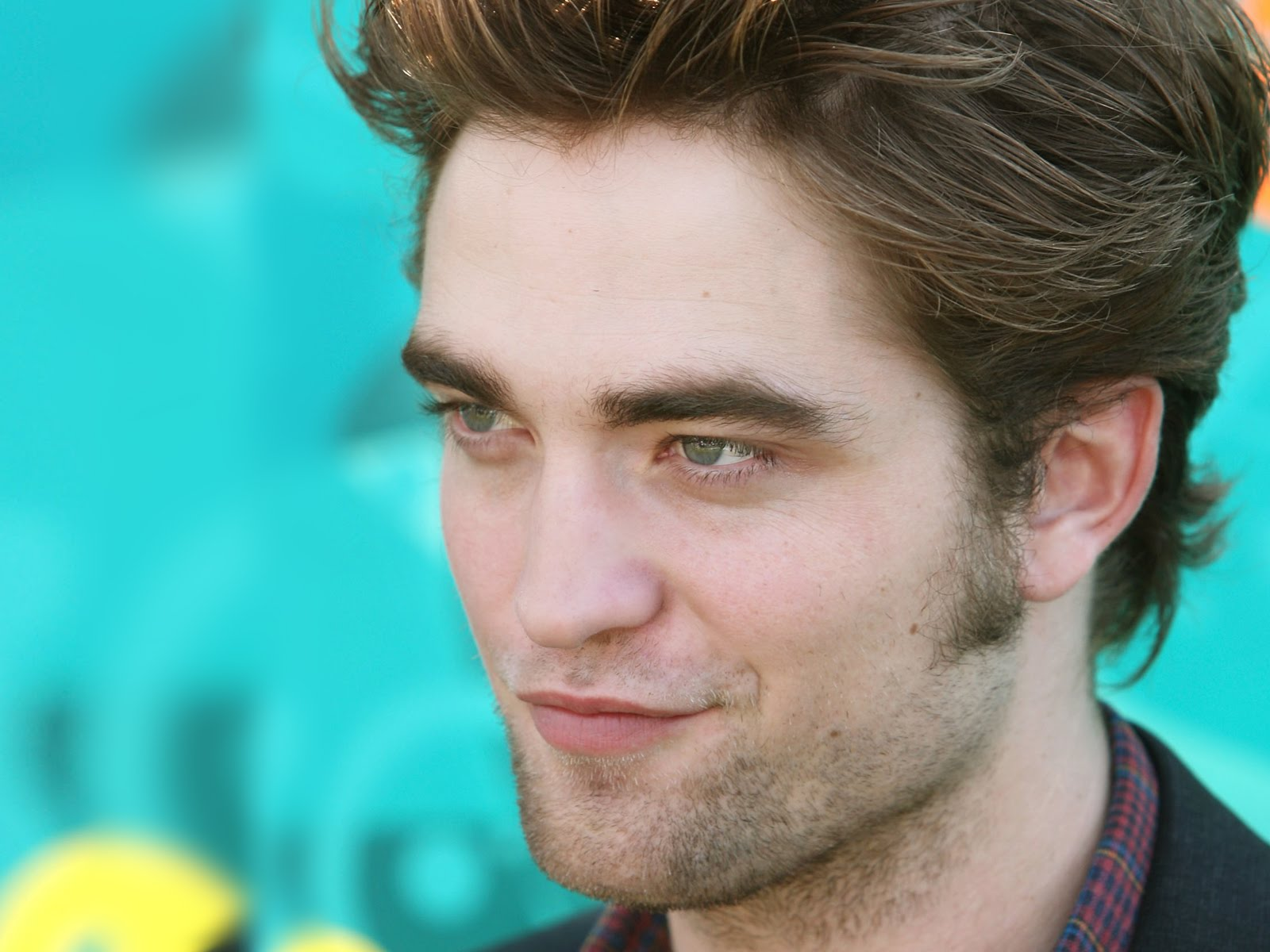 Robert Pattinson HD Images