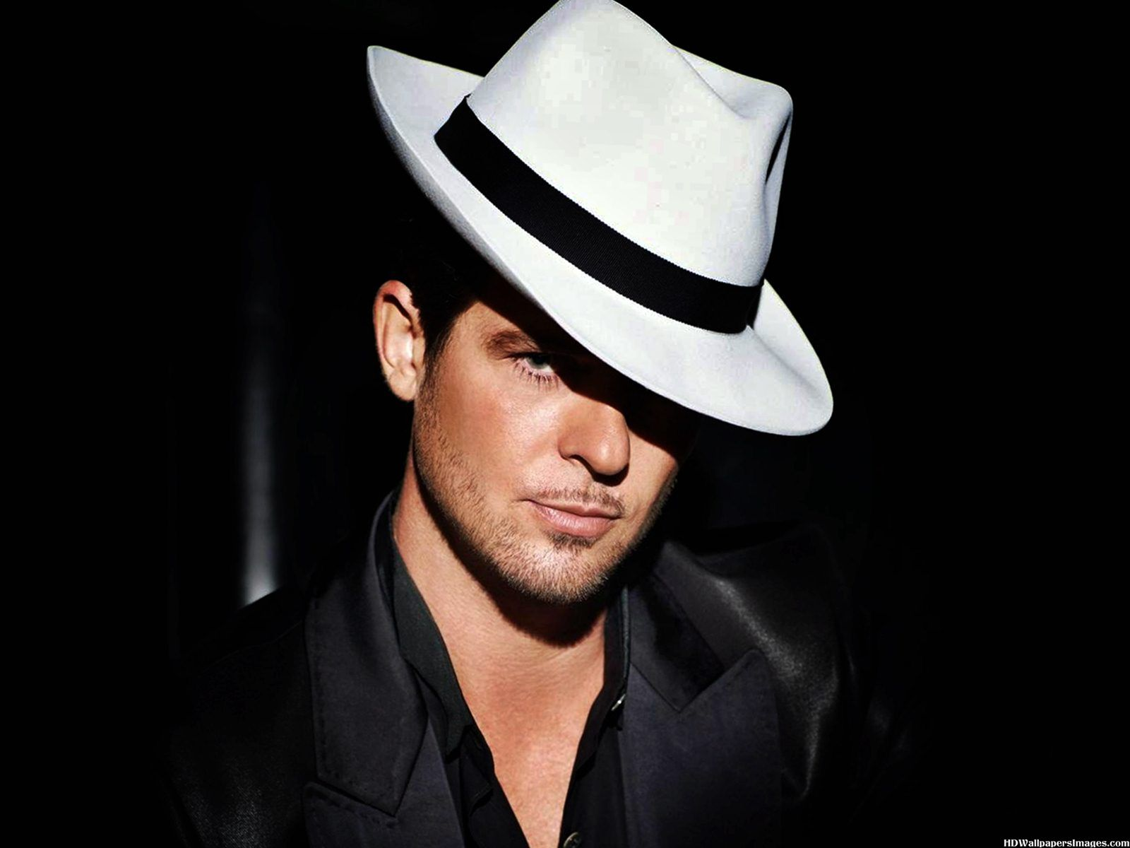 Robin Thicke 2014 Images