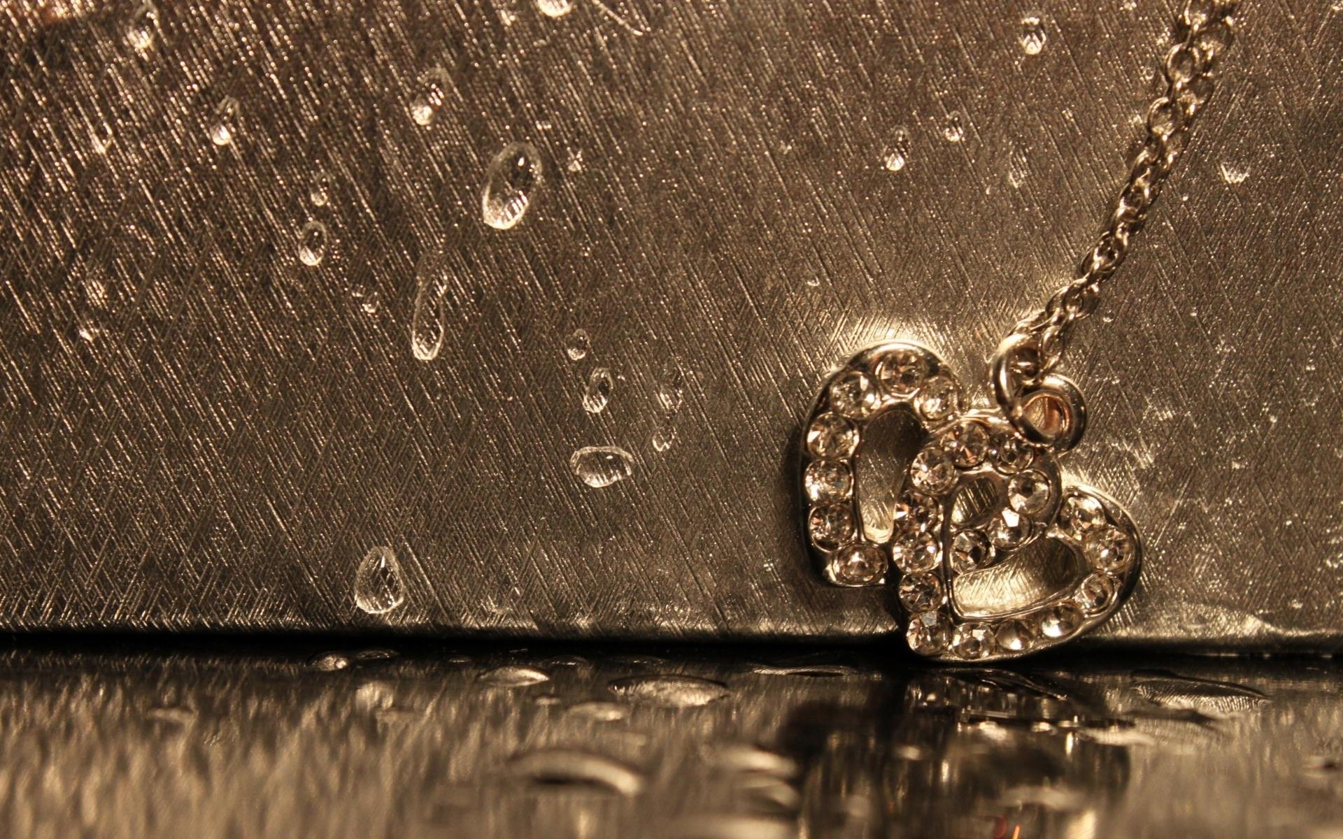 Romantic Love Rain Wallpaper