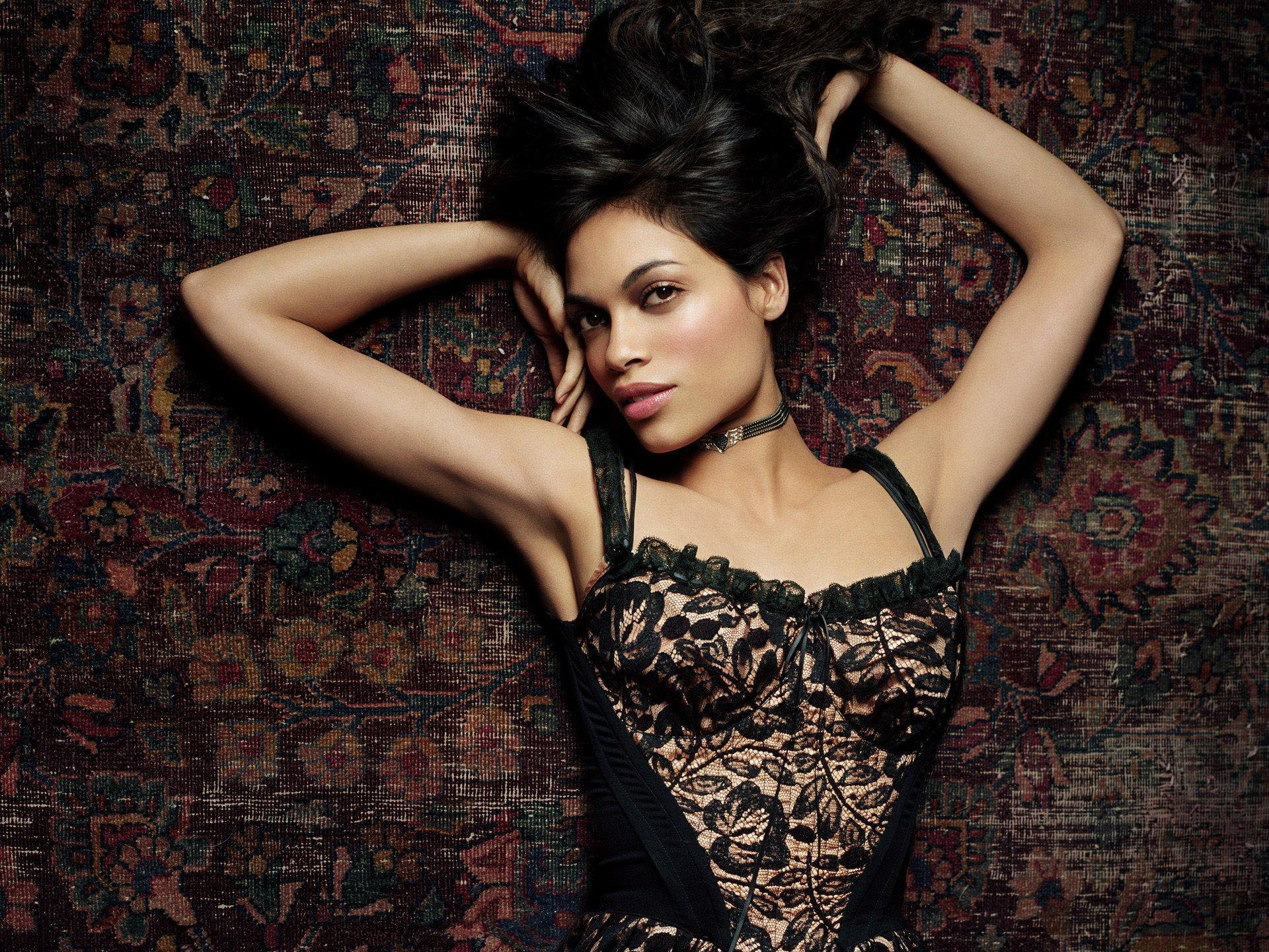 Rosario Dawson Wallpaper