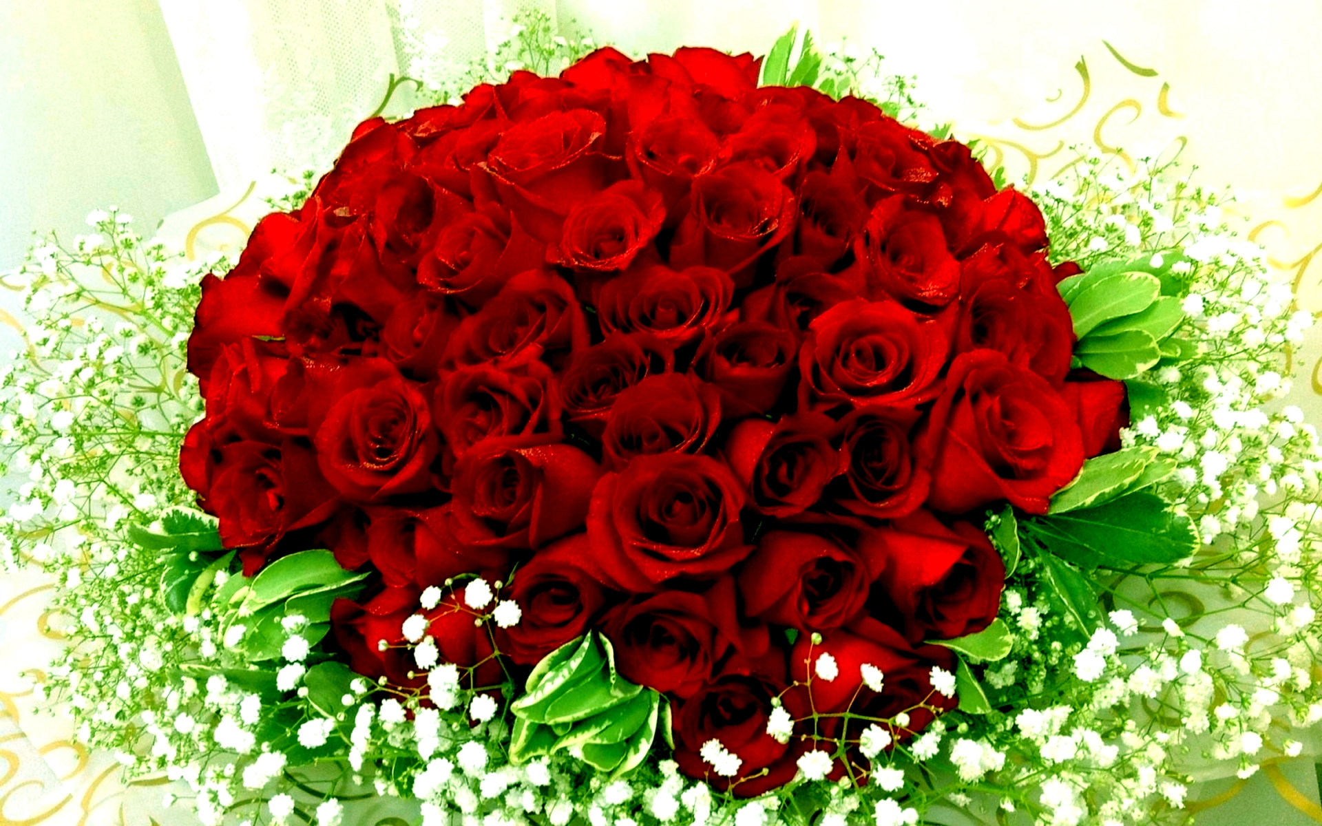 Roses Bouquet Wallpaper