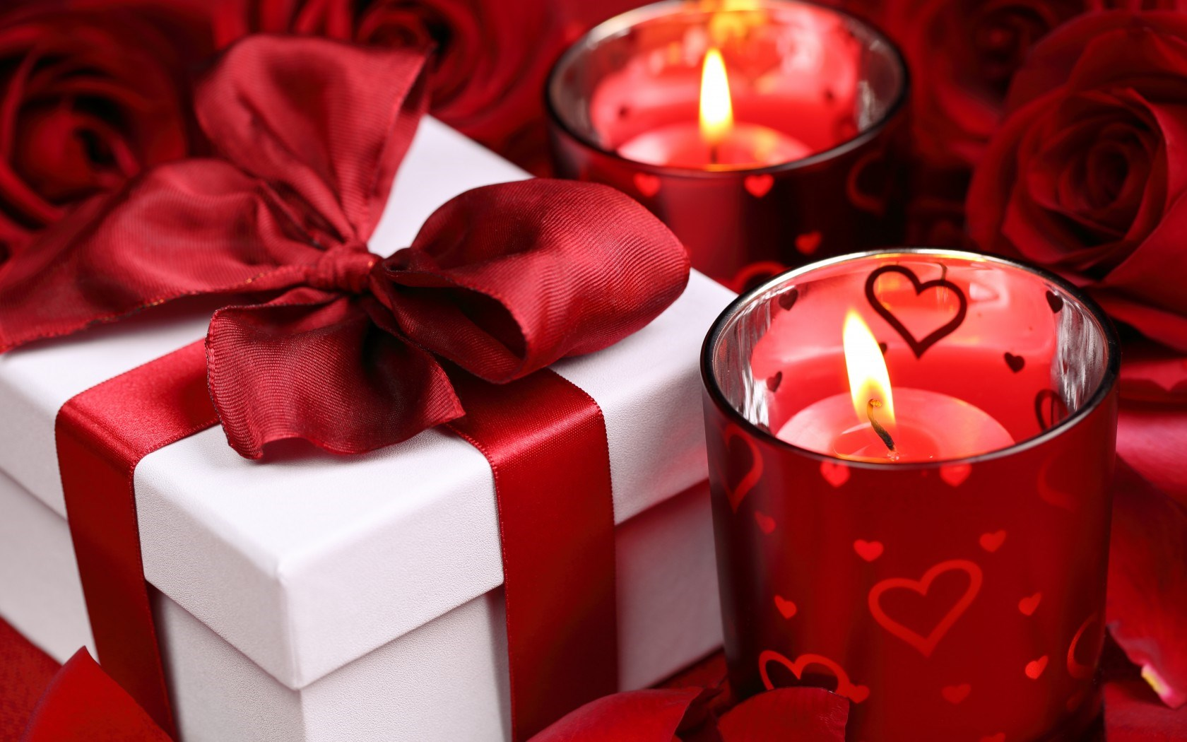 Roses Gift Candles Hearts Valentines Day Love