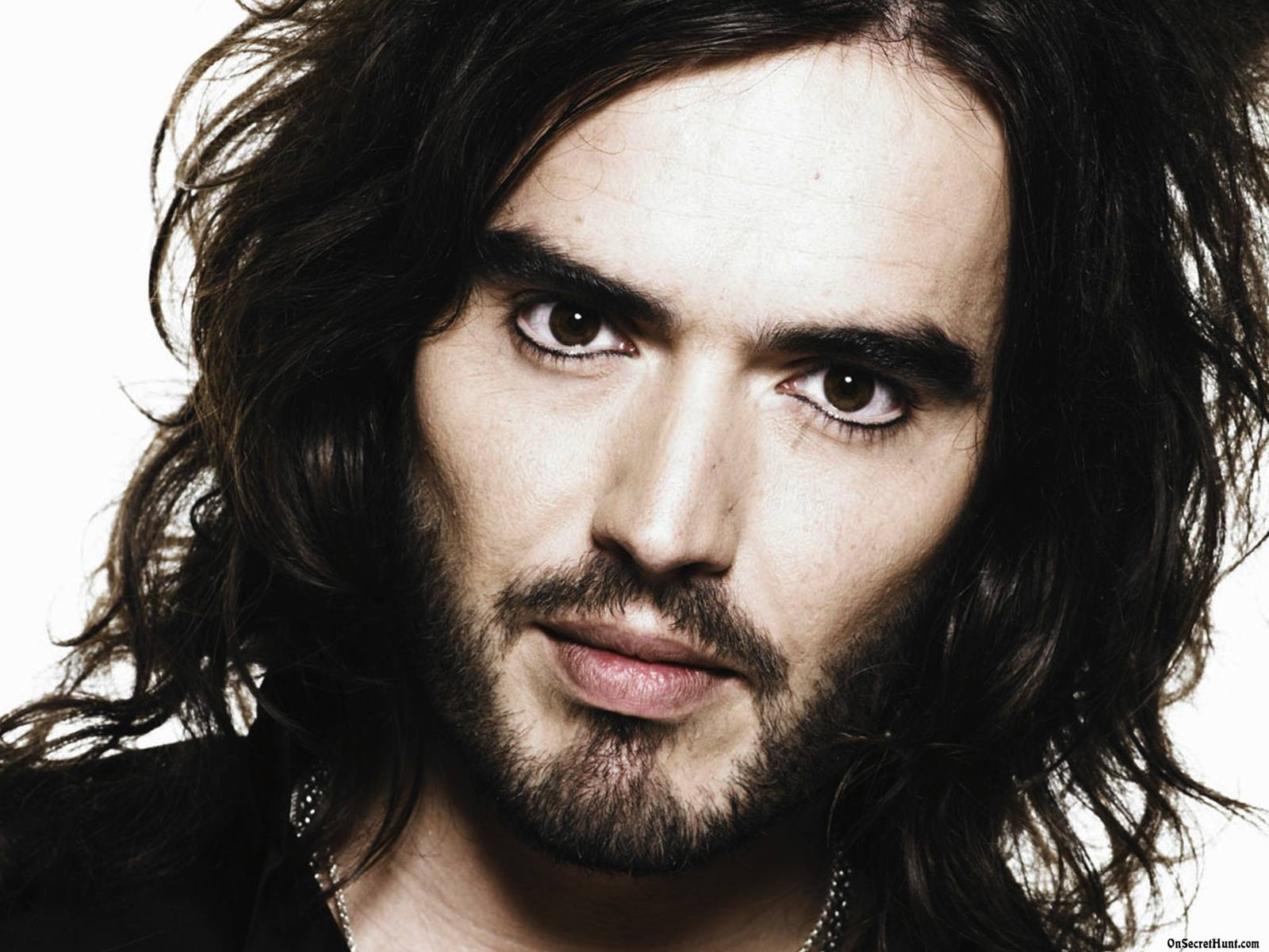 Russell Brand Pictures 5 HD Wallpapers