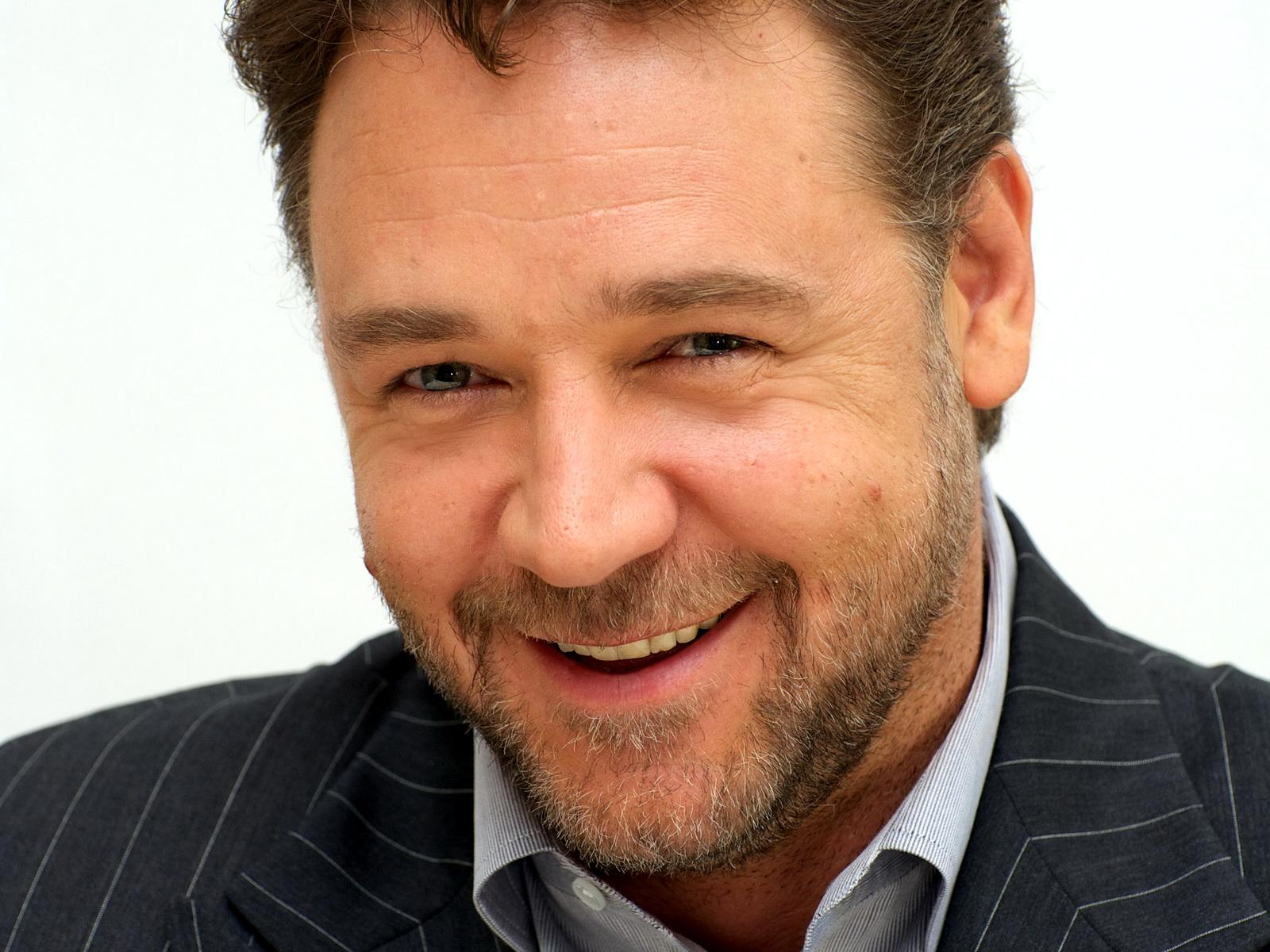 Russell Crowe Widescreen 6 Thumb