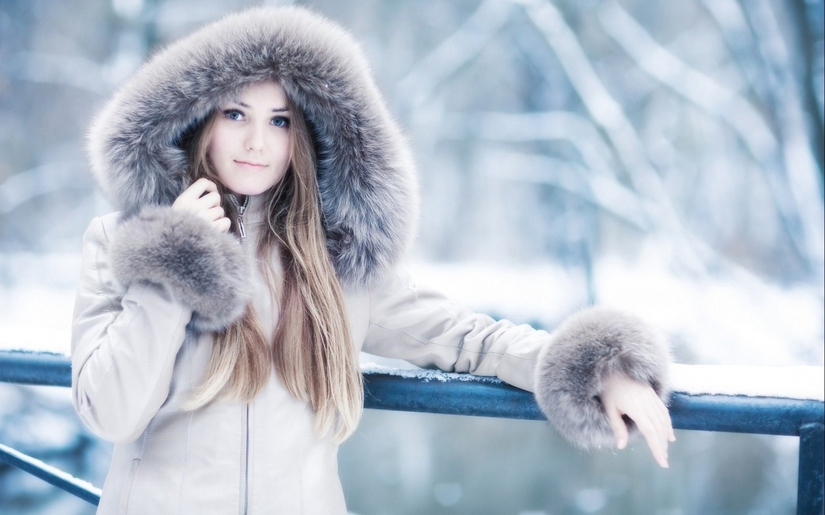 Blonde Russian Girl Winter Photo HD Wallpaper