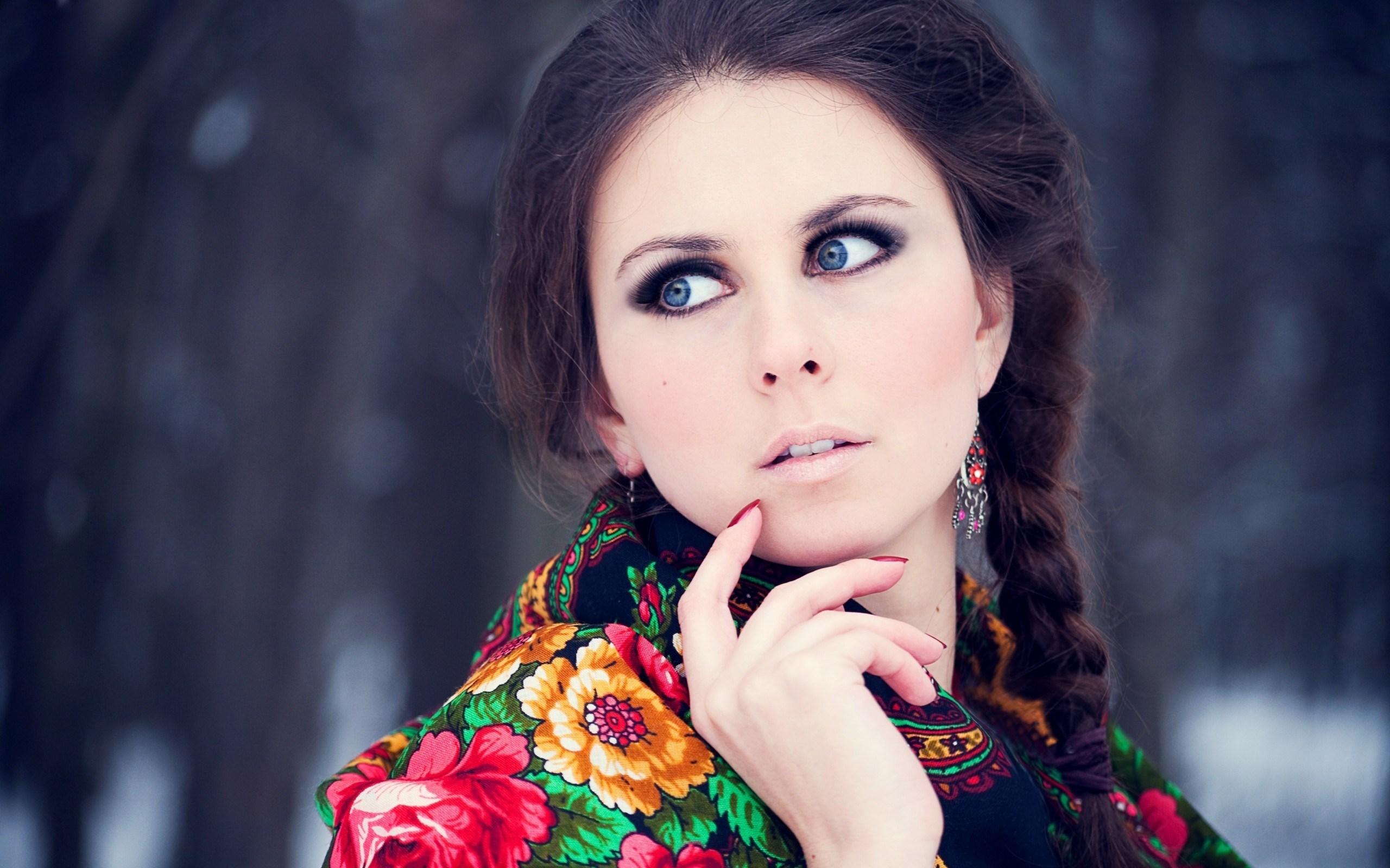 Russian Girl HD Wallpaper