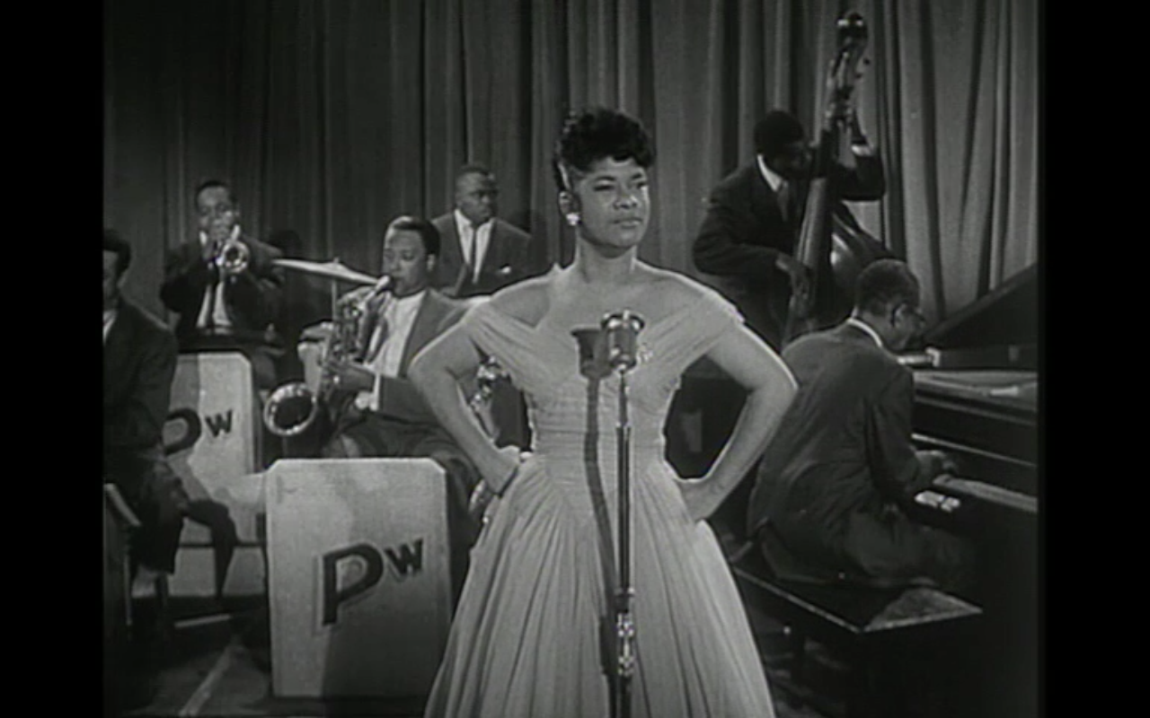 Hey Mama, He Treats Your Daughter Mean (Live) Video   Ruth Brown   Contactmusic.com