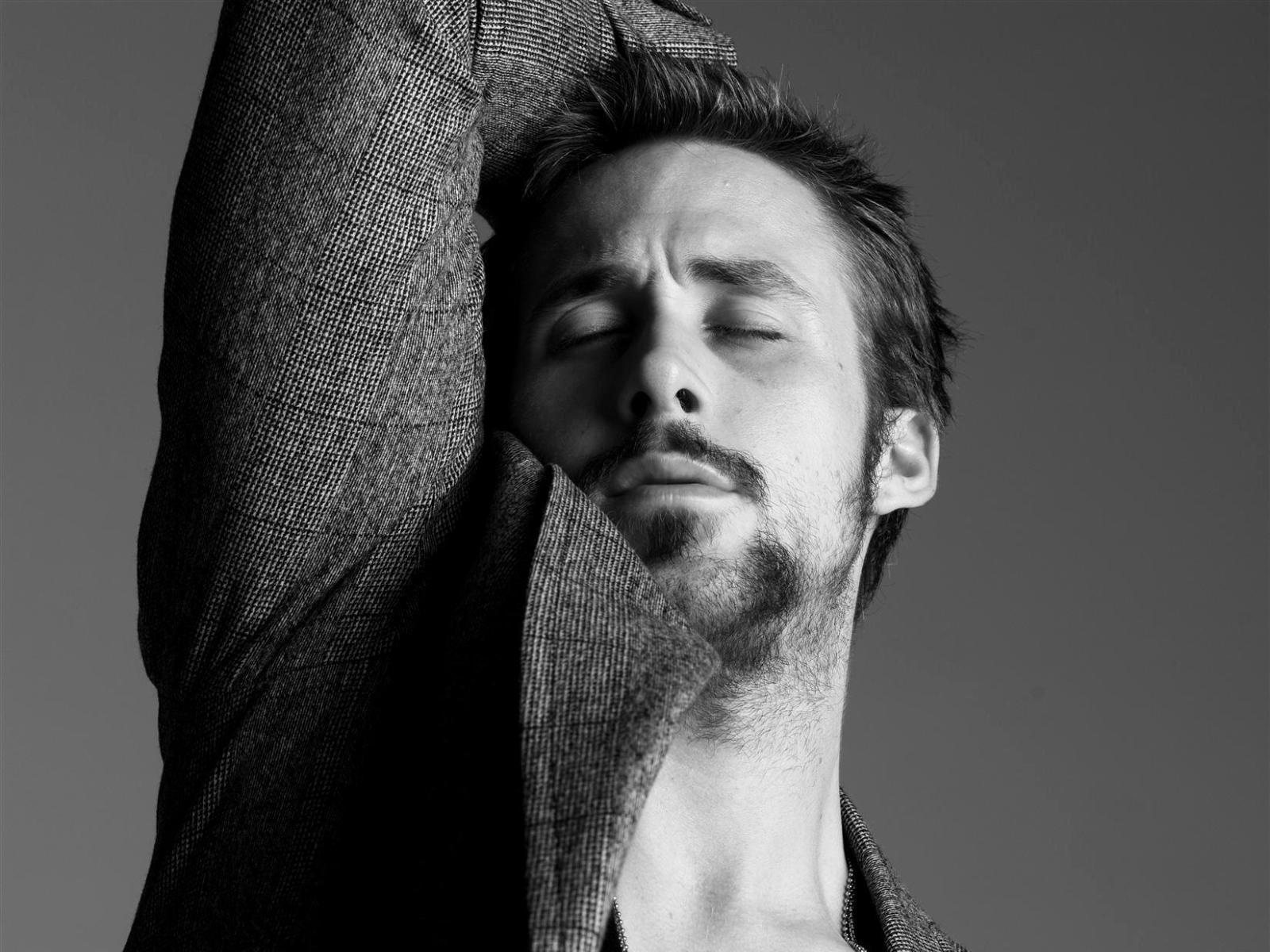 Ryan+Gosling+Cover+By+Maceme+Wallpaper.jpg 1,600×1,200