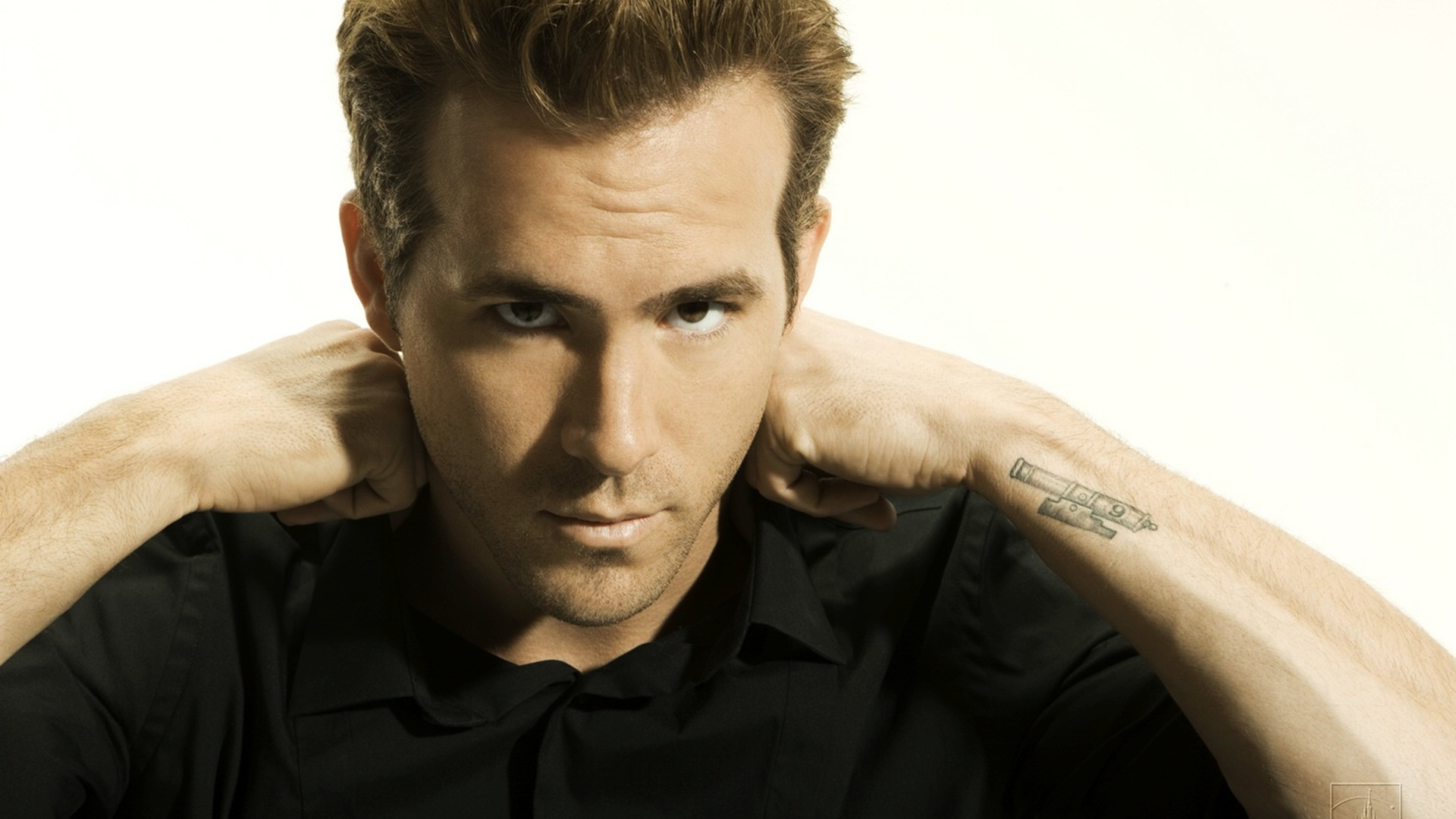 There can be only none: Ryan Reynolds ALSO leaves that Highlander reboot   Blastr