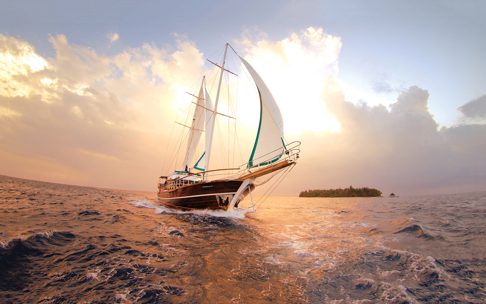 Sailboat Wallpapers Pictures Photos Images. «