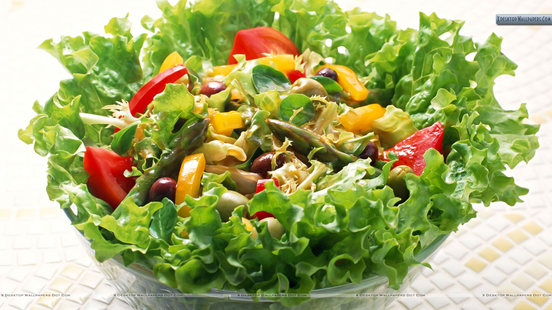 8 Things That Make Salads Unhealthy