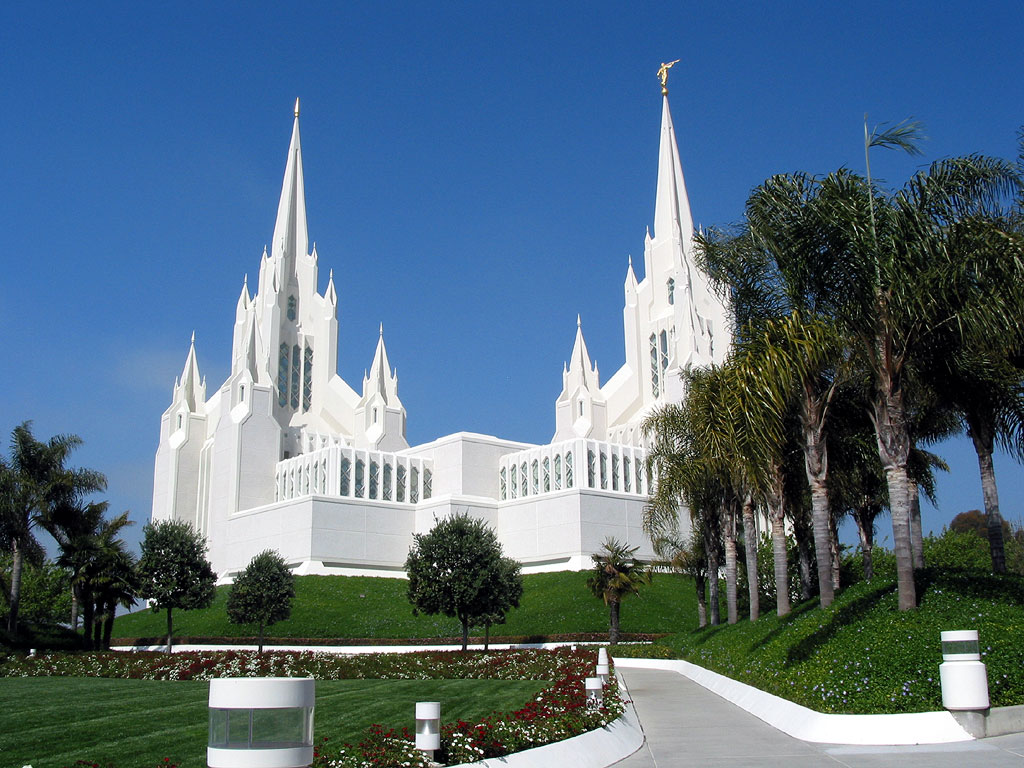 Photograph of the San Diego California Mormon Temple
