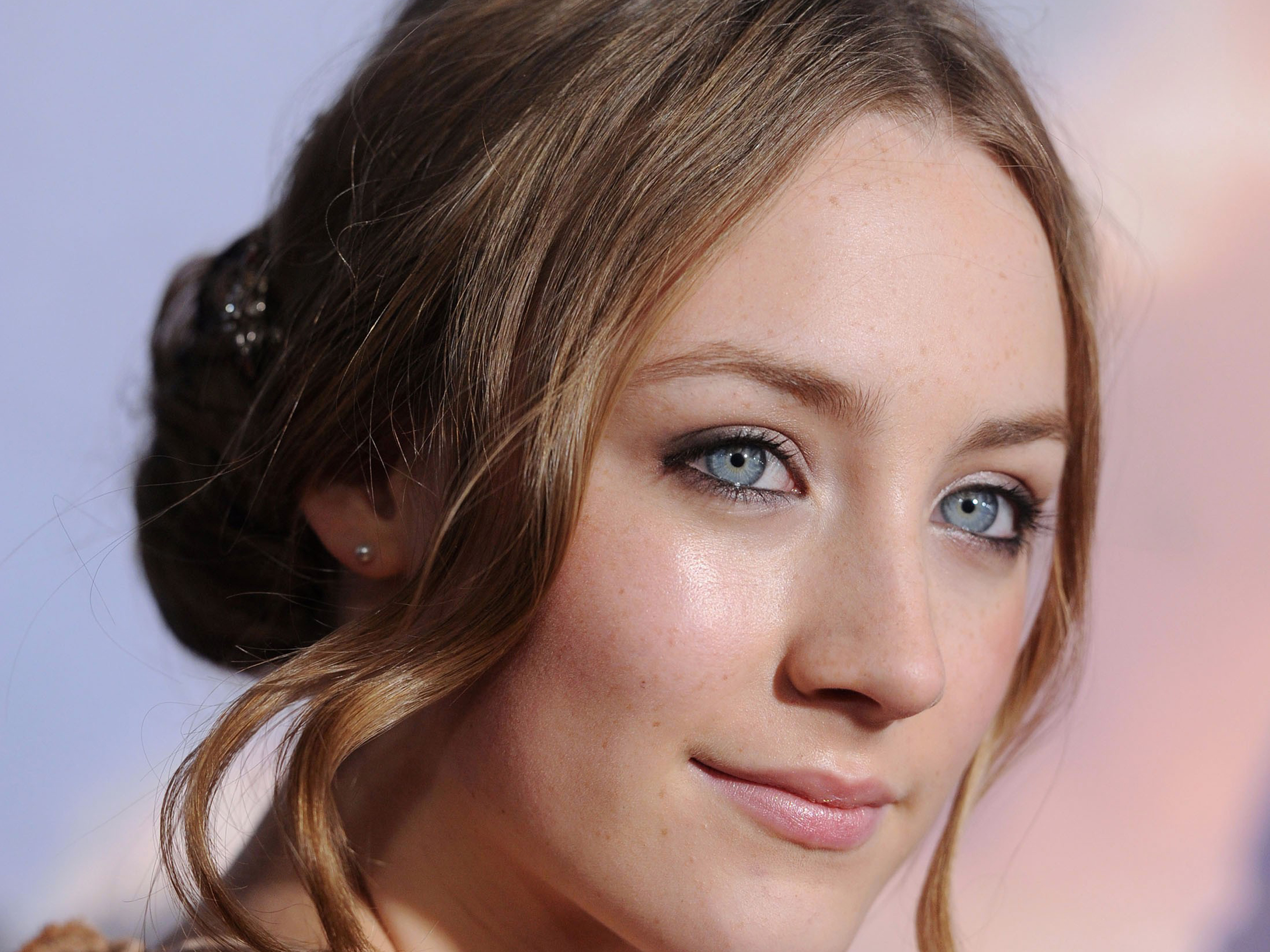 Saoirse Ronan Pictures