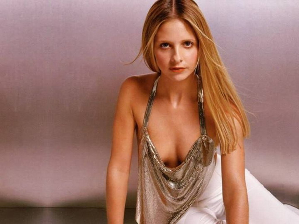 Sarah - sarah-michelle-gellar Wallpaper