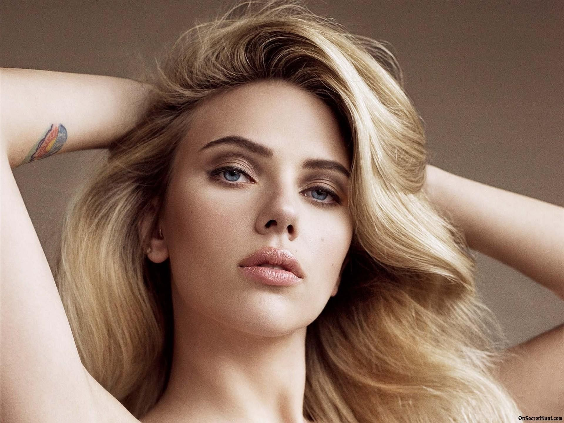 ... scarlett-johansson-wallpapers ...