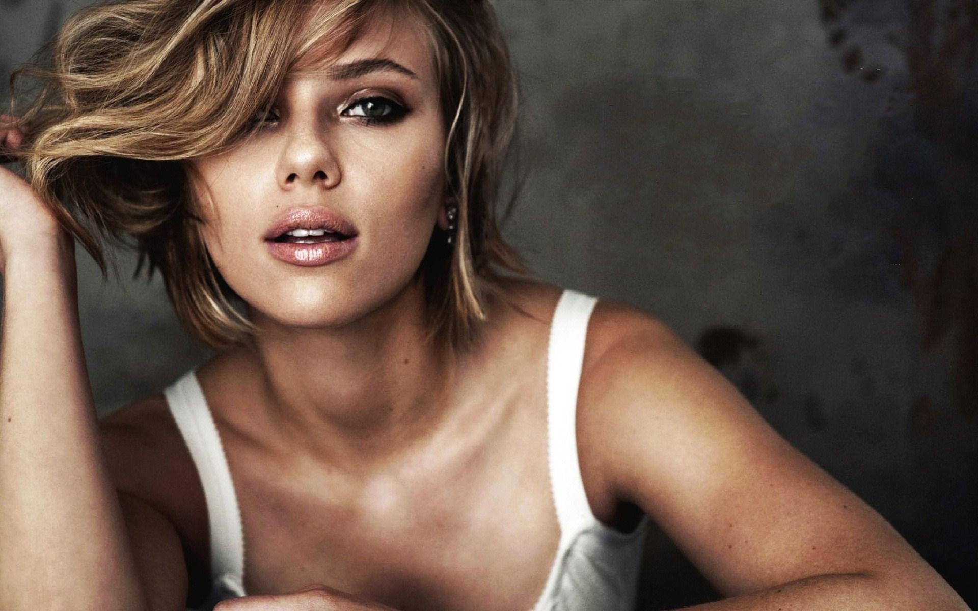 Scarlett Johansson Actress Singer