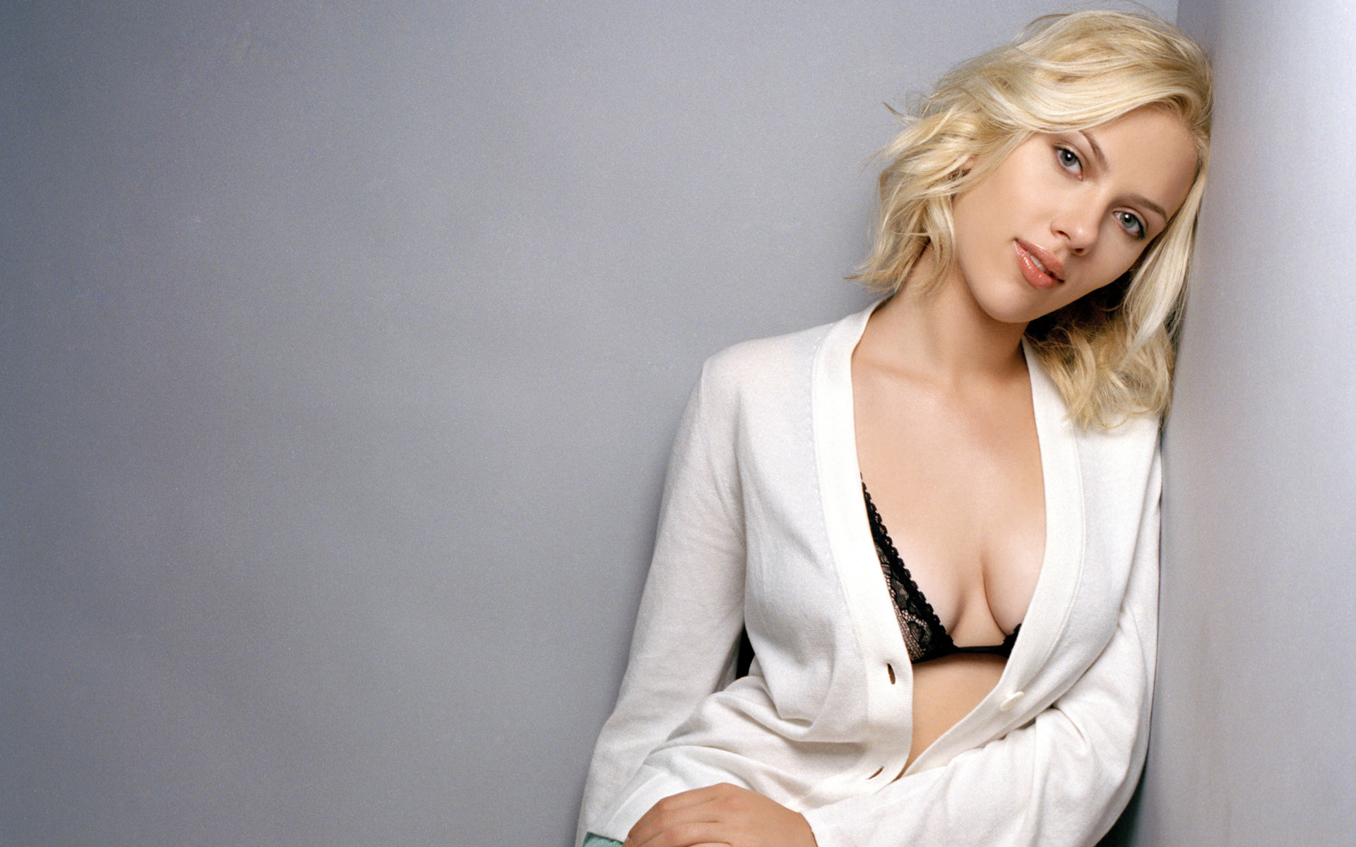 Scarlett Johansson HD Wallpapers 2015