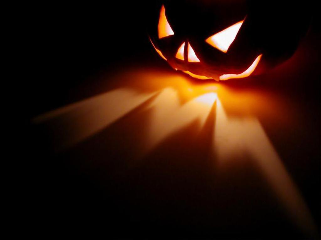 Scary Pumpkin Wallpaper 14092