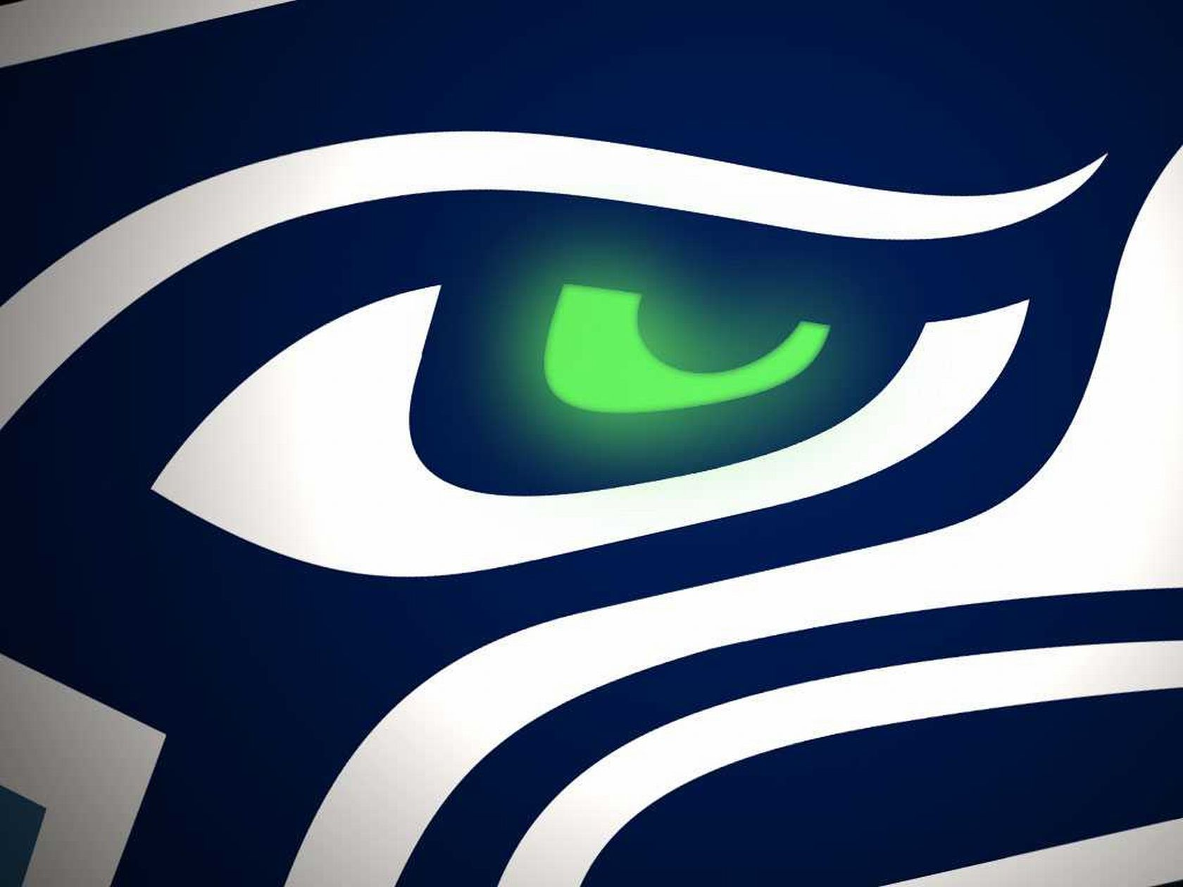 Seattle Seahawks Fan Gets Team Logo on Prosthetic