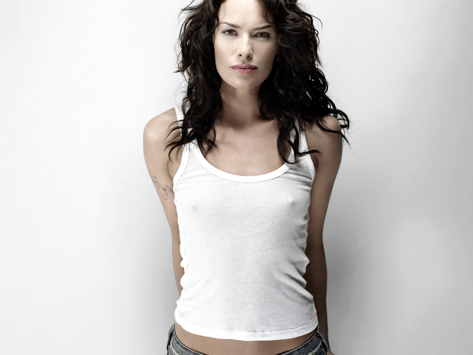 Sexy Lena Headey Wallpaper