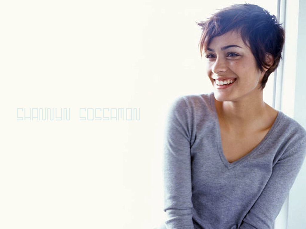 Shannyn - shannyn-sossamon Wallpaper