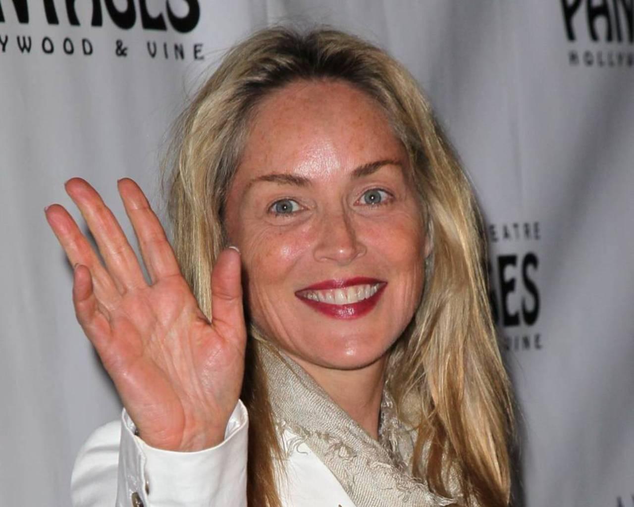 Sharon Stone 2200