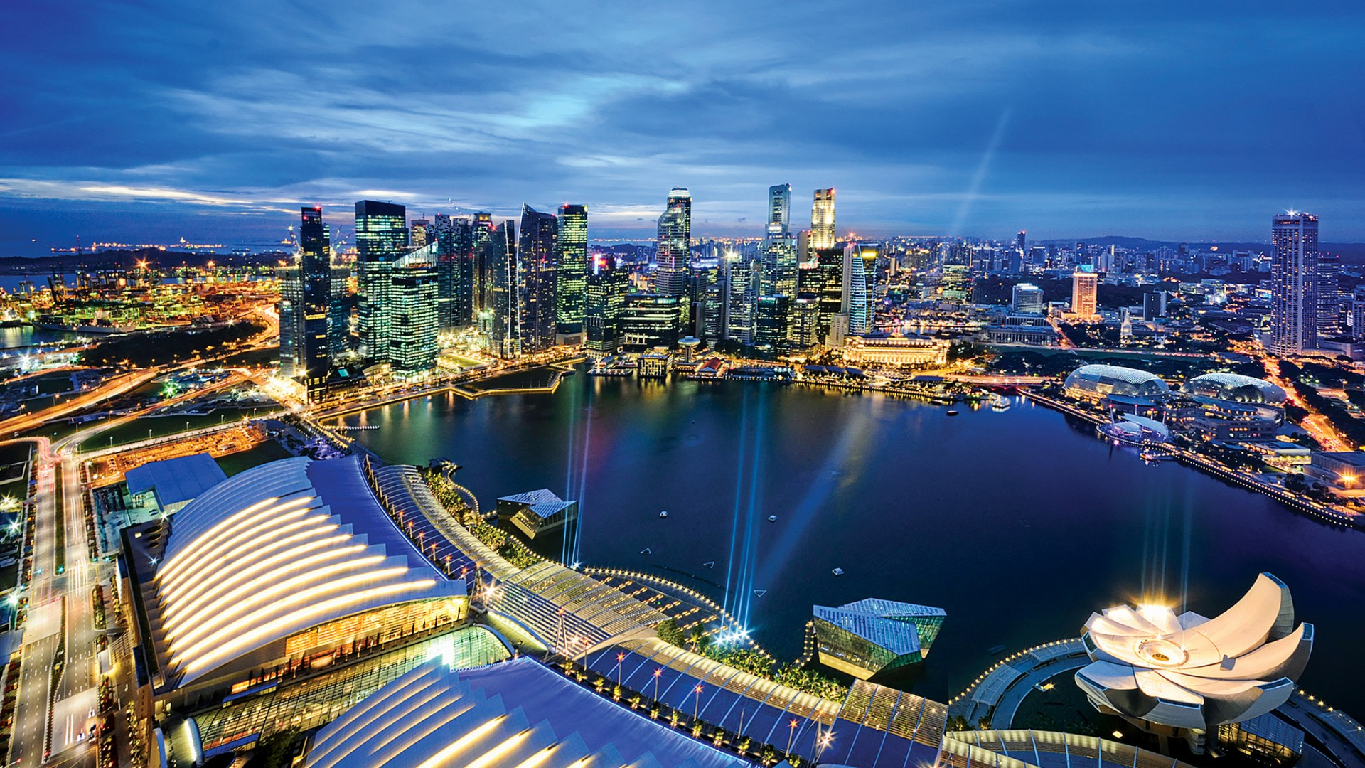 » Exploring Singapore; as a tourist, like a local