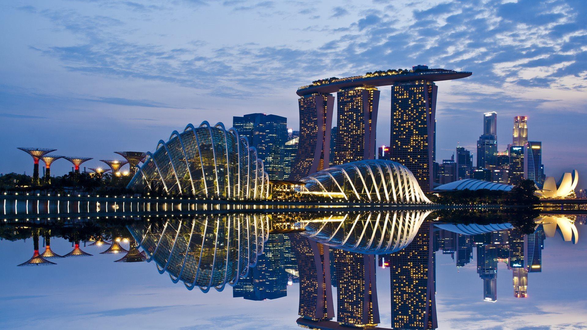 0.4mi Marina Bay Singapore