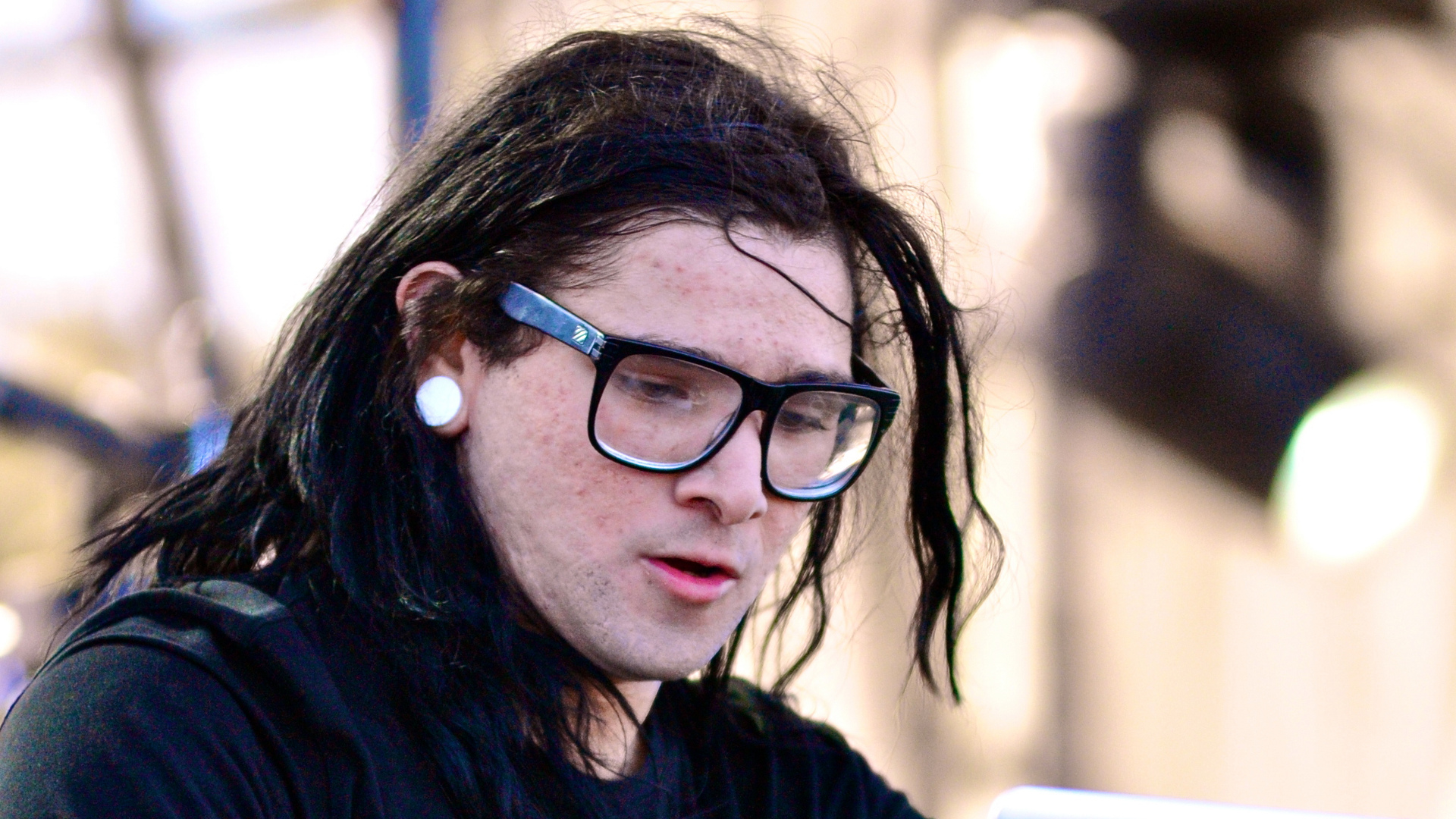 "» New Skrillex Album ""Just One Long Drop"" Wunderground"