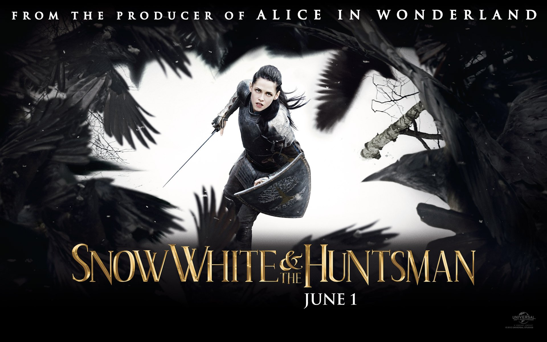 I know that no one except a Twilight fan is supposed to like Kristen Stewart, but she does what she's supposed to do in Snow White And The Huntsman as well ...