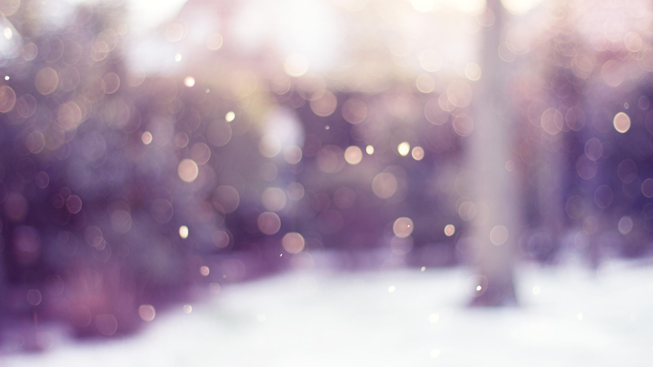 Snowy Bokeh Wallpaper
