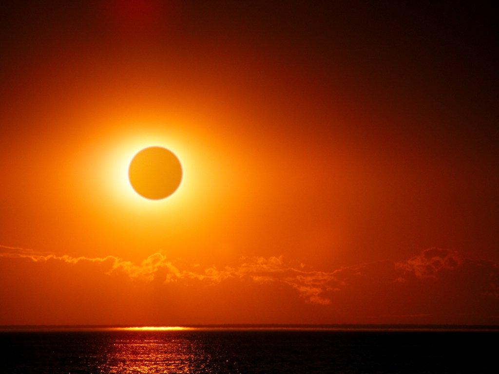 James JordanThis is not quite a total solar eclipse, but it's pretty close.