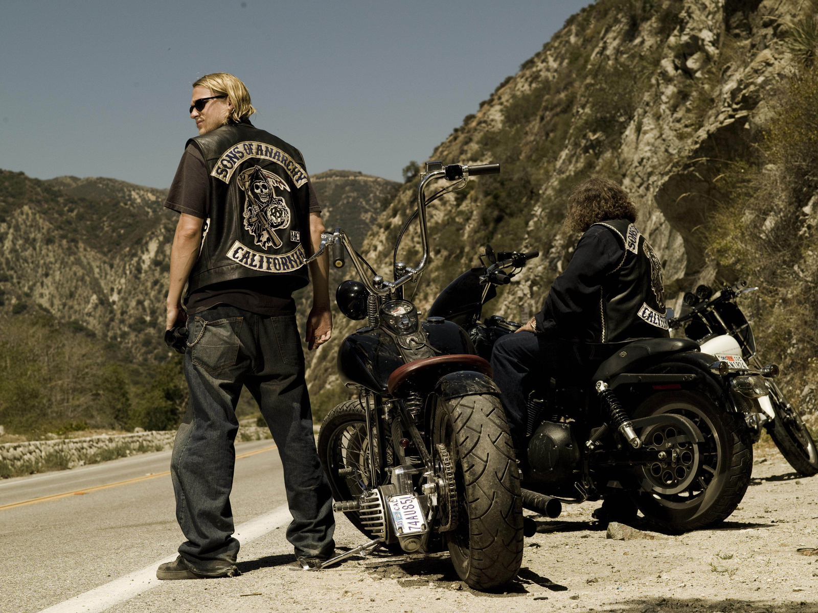 Review: 'Sons of Anarchy' Sets The Stage For A Satisfying Conclusion
