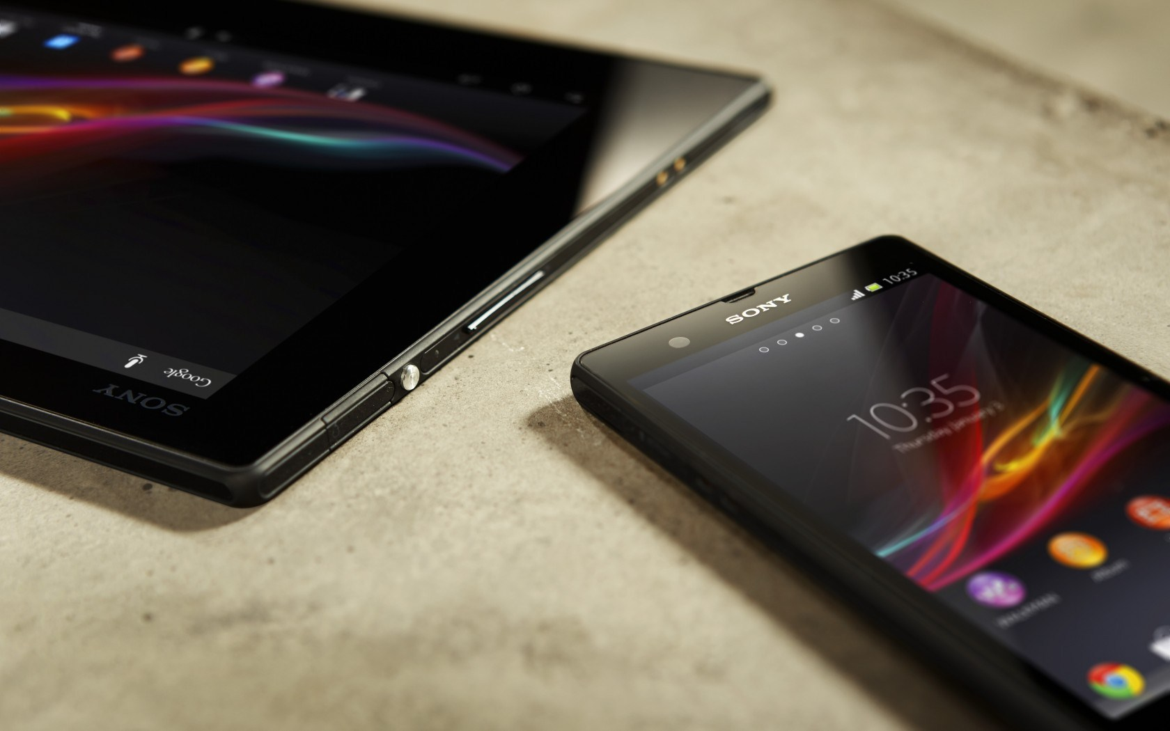 Sony Xperia Tablet Z Phone Hi-Tech