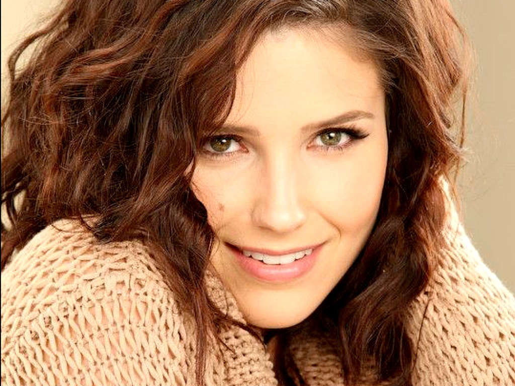 Sophia Bush Lovely Sophia Wallpaper ☆