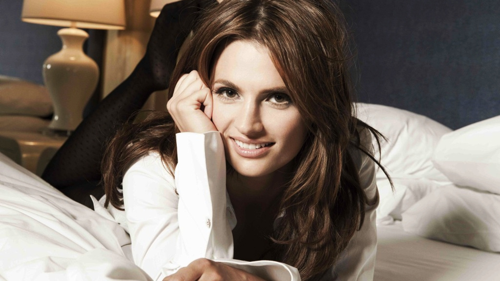 Stana Katic Wallpaper HD