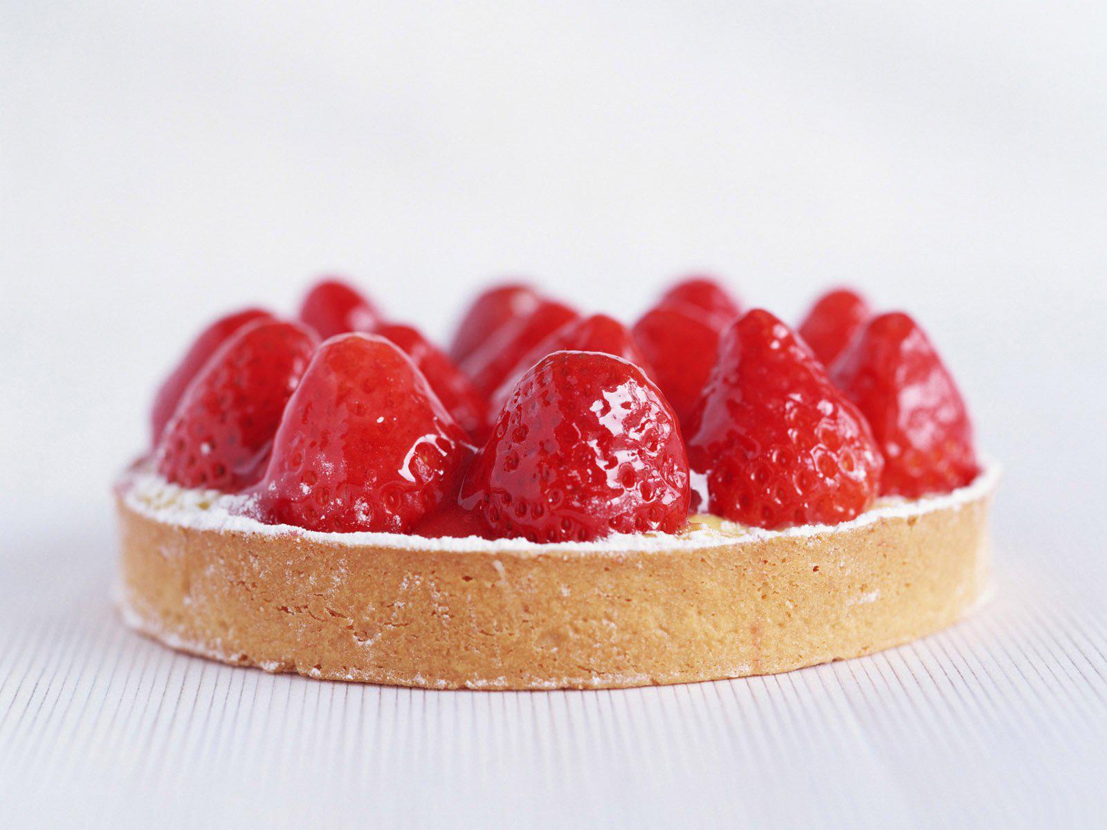 Strawberry Tarts Wallpaper