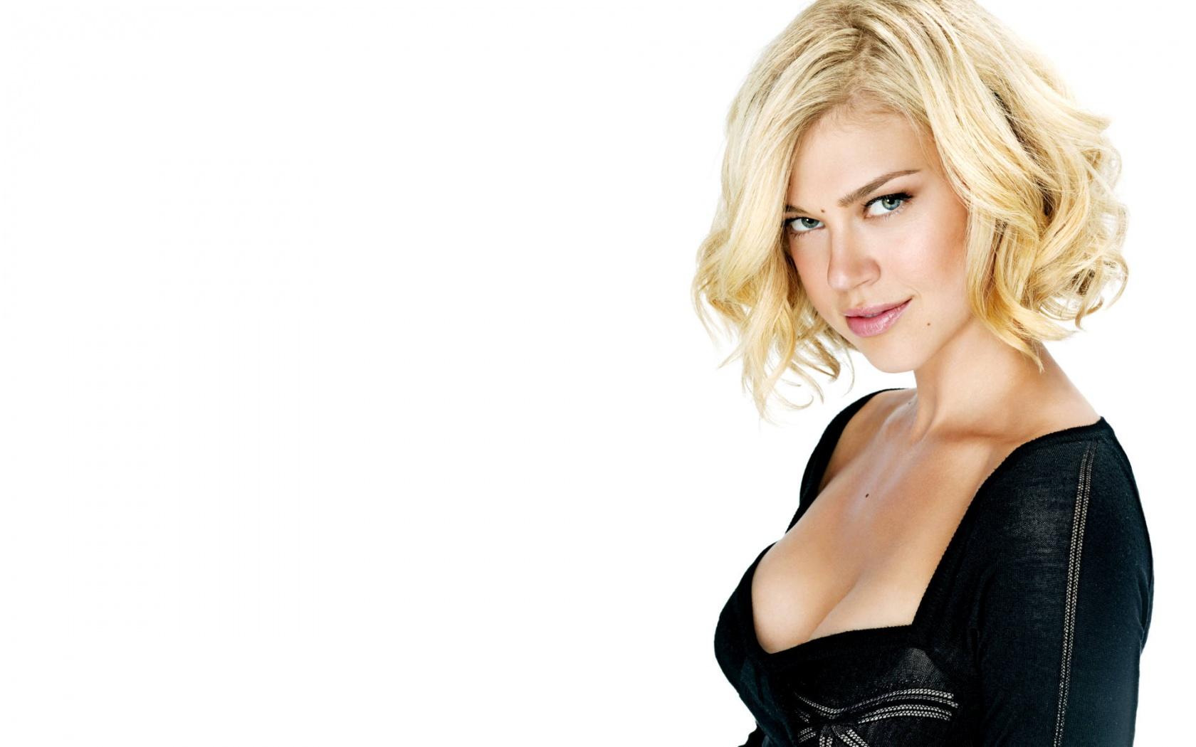 Stunning Adrianne Palicki