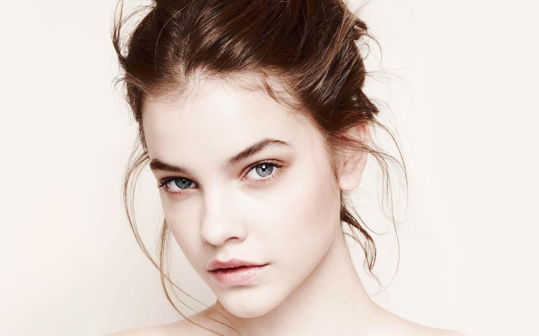 Stunning Barbara Palvin