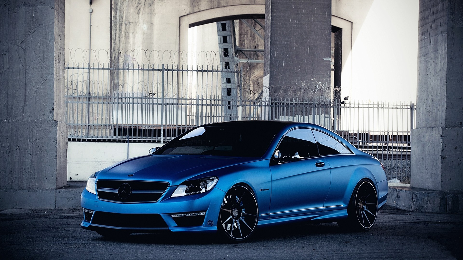 Stunning Mercedes CLS63 Wallpaper
