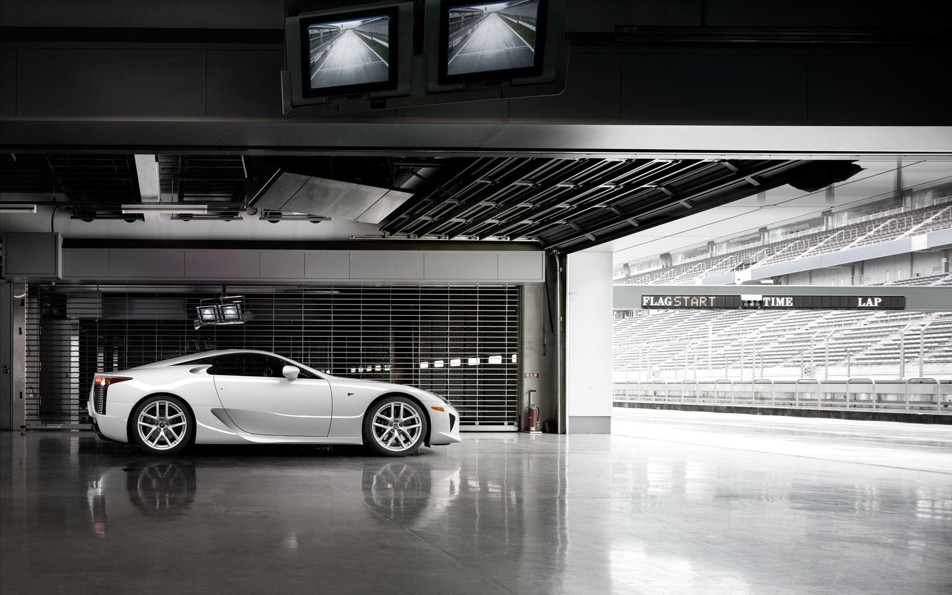 White Ferrari Wallpaper