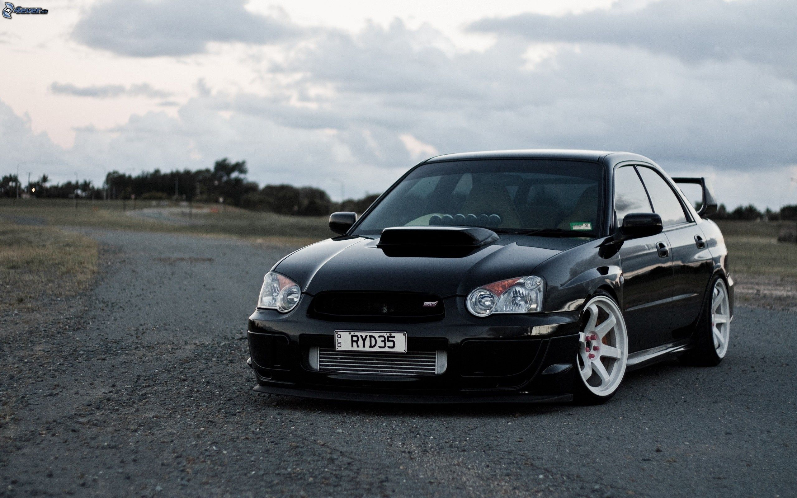 Awesome clean Subaru impreza !