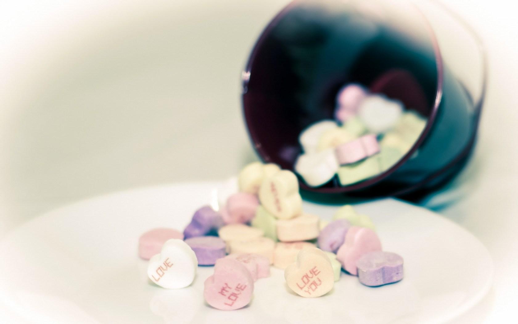 Sugar Hearts Love Cup Close-Up