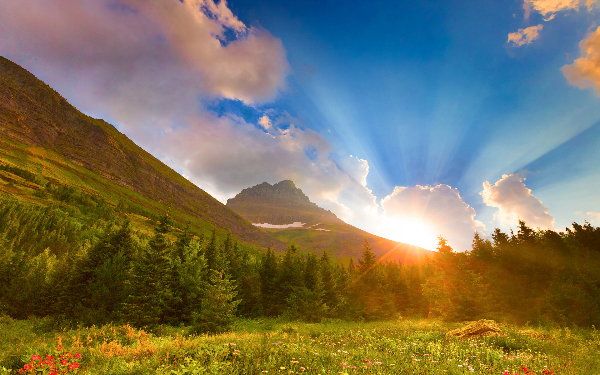 Sunrise mountain scenery