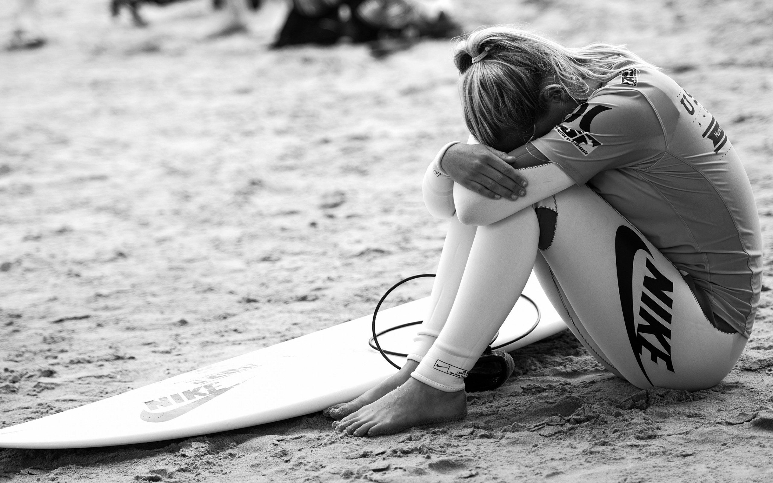 Surfing girl concentrate