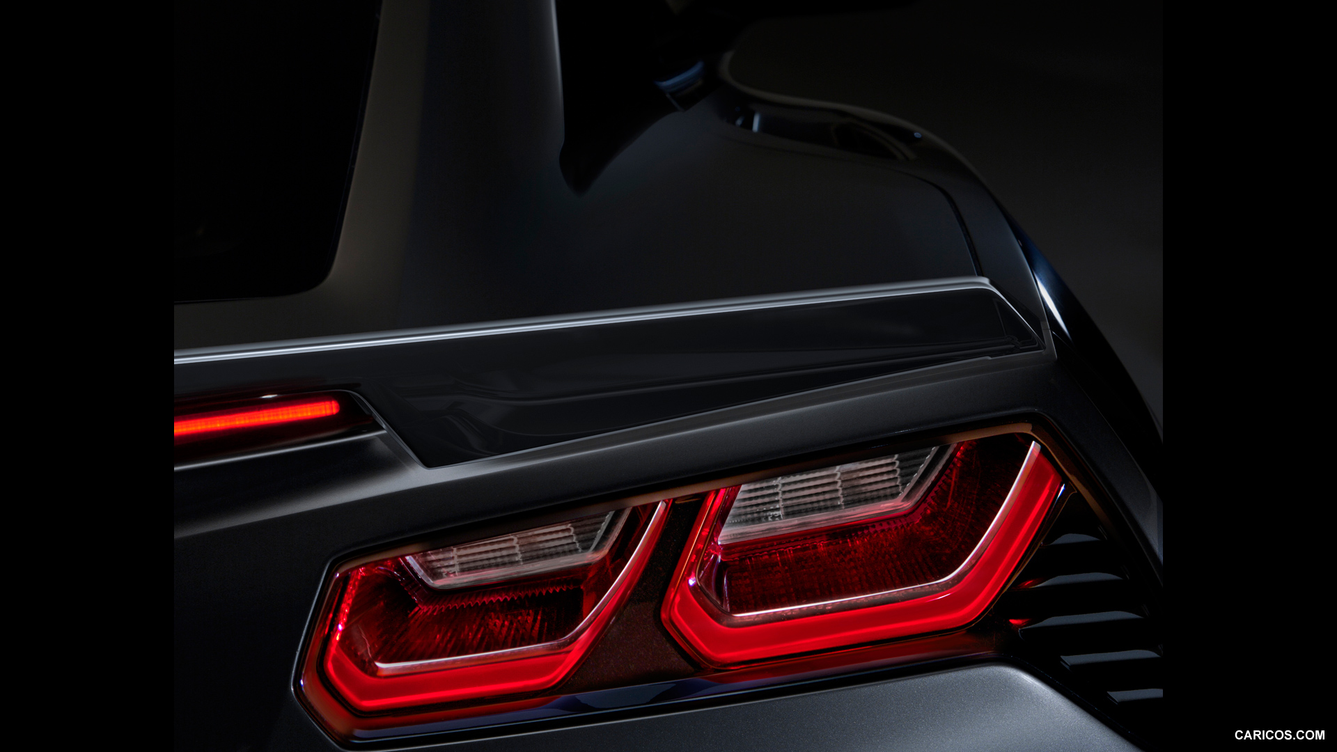 2014 Chevrolet Corvette Stingray Tail Light - Wallpaper